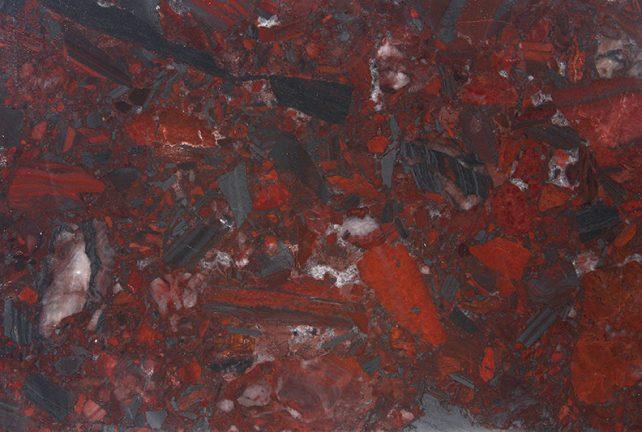 iron-red-arlequino_detalhe-min